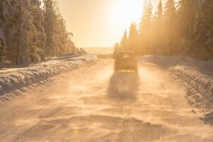 Leuto talvi on kuluttanut renkaita tavallista enemmän – lue vinkit turvalliseen talviloman ajomatkaan