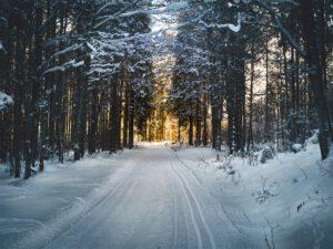 Laaturenkaat antavat turvaa talven vaativilla keleillä sekä tuovat ympäristöystävällisyyttä ajamiseen