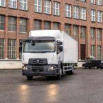 """Turvallisia ja taloudellisia joka sään kilometrejä keskikokoisille kuorma-autoille – 19.5""""-koot täydentävät Nokian E-Truck -tuotesarjan"""